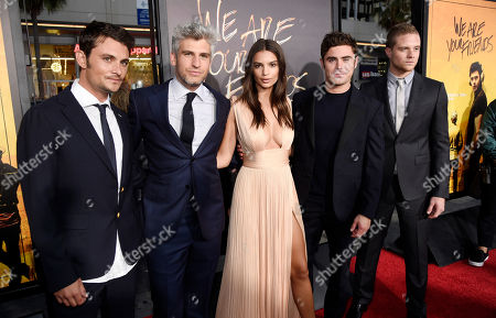 """Max Joseph, second from left, director and co-screenwriter of """"We Are Your Friends,"""" poses with cast members, left to right, Shiloh Fernandez, Emily Ratajkowski, Zac Efron and Jonny Weston at the premiere of the film at the TCL Chinese Theatre, in Los Angeles"""