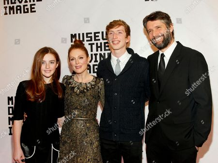 Liv Freundlich, from left, Julianne Moore, Caleb Freundlich and Bart Freundlich attend the Museum Of The Moving Image Salute to Julianne Moore at 583 Park, in New York