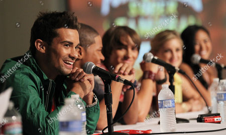 """Power Rangers Super Samurai"""" cast member Hector David Jr., left, answers a question from fans during an exclusive Q&A panel at the Power Morphicon Convention 2012, on in Pasadena, Calif"""