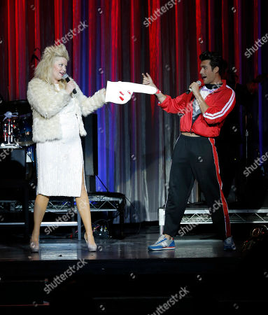 Melissa Peterman and Peter Porte perform at the National Breast Cancer Coalition Fund's 13th Annual Les Girls on in Hollywood, Calif