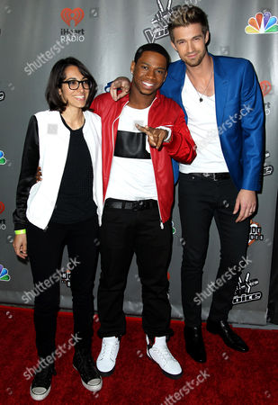 """Michelle Chamuel, left, Vedo, center, and Josiah Hawley from Team Usher pose together at """"The Voice"""" season 4 red carpet event at the House of Blues on in Los Angeles"""