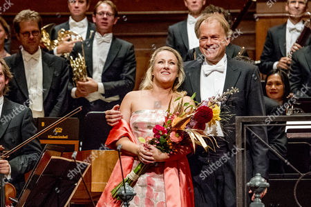 Diana Damrau and conductor Thomas Hengelbrock