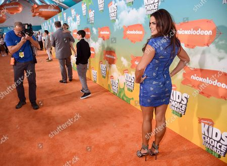 Rosa Blasi, right, arrives at the Kids' Choice Awards at The Forum, in Inglewood, Calif