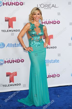 Editorial image of Premios Tu Mundo Arrivals - , Miami, USA