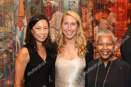 From left, Charlotte Ford, Lisa Phillips and Eileen Harris Norton pose during the reception for the inaugural exhibition at Regen Projects' new Hollywood gallery, in Los Angeles, Calif