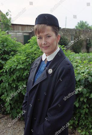 Kazia Pelka (as Maggie Bolton