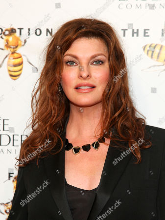 Linda Evangelista attends the Fragrance Foundation Awards at Alice Tully Hall, in New York