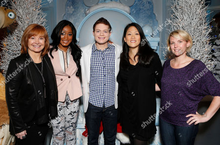 """Taubman Centers' Glenda Cole, Keke Palmer, Sean Berdy, Twentieth Century Fox Home Entertainment's Jennifer Chai and Amber Zion celebrate the December 11th Blu-ray, DVD and Digital HD release of ICE AGE: CONTINENTAL DRIFT at the Beverly Center in Los Angeles, California on Thursday, December 6. Twentieth Century Fox Home Entertainment and Taubman Shopping Centers across the country have partnered to commemorate """"National Signing Santa Day"""" and the industry first Blu-ray special feature with picture-in-picture sign language interpretation"""