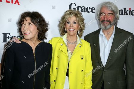 """Lily Tomlin, from left, Jane Fonda and Sam Waterson arrive at the LA Premiere of """"Grace and Frankie"""" at the Regal LA LIVE, in Los Angeles"""