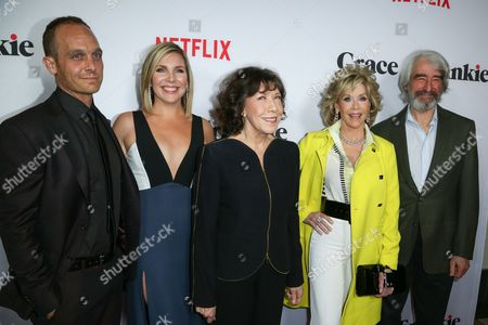 """Ethan Embry, from left, June Diane Raphael, Lily Tomlin, Jane Fonda and Sam Waterson arrive at the LA Premiere of """"Grace and Frankie"""" at the Regal LA LIVE, in Los Angeles"""