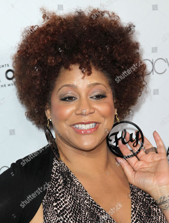 Kim Coles attends Macy's Passport presents Glamorama 2012 at The Orpheum Theatre, in Los Angeles