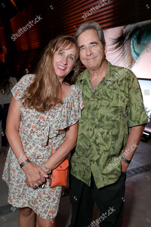 """Wendy Treece Bridges and Beau Bridges seen at Los Angeles Premiere of """"Voyage of Time: The IMAX Experience"""" at California Science Center IMAX Theatre, in Los Angeles"""
