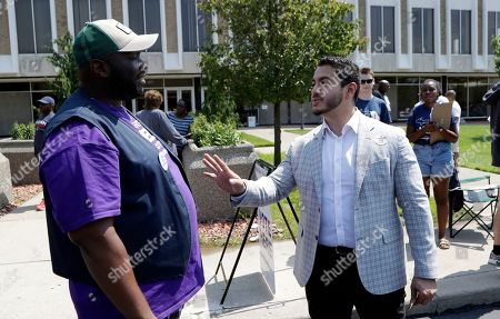 Abdul Ed Sayed. Dr. Abdul El-Sayed talks with Jermaine Jones in Detroit. Perhaps no state has embraced the political outsider as much as Michigan. But El-Sayed, a 32-year-old liberal doctor, is putting that affinity for newcomers to the test by mounting a surprisingly strong bid to become the nation's first Muslim governor