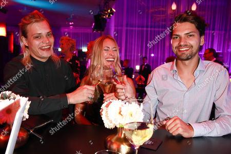 Wilson Gonzalez Ochsenknecht mit Bruder Jimi Blue and Sina Tkotsch