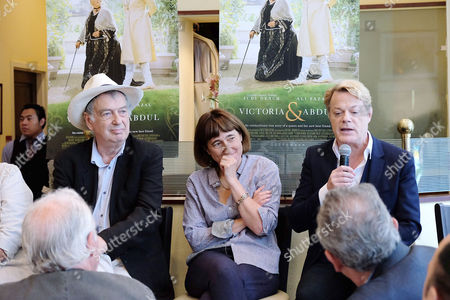Stephen Frears (Director), Beeban Kidron (Producer) and Eddie Izzard