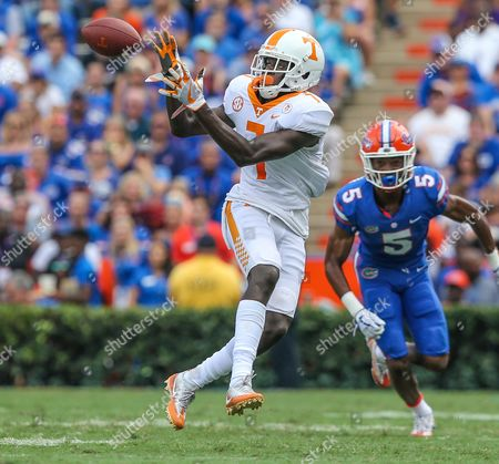 Sep. 16, Tennessee Volunteers wide receiver Brandon Johnson (7) catches a pass during the 1st half of an NCAA football game against the Florida Gators at University of Florida, in Gainesville, Fla