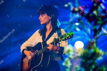 Stock Picture of Lola Marsh - Yael Shoshana Cohen