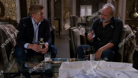 Ep 7942 Thursday 21st September 2017 - 1st ep As Rebecca leaves to meet the potential investor, Robert Sugden, as played by Ryan Hawley, offers to keep an eye on Lawrence White, as played by John Bowe, who hits the bottle again and the two of them seem to bond over their woes...