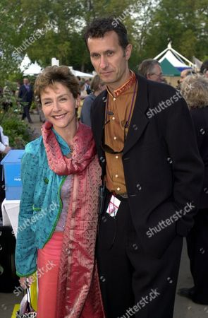 Chelsea Flower Show 2000-royal Gala Preview Party-actress Amanda Burton And Husband Photographer Sven Arnstein.