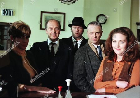 Lorraine Sass (as Brenda Dugdale), Richard Walsh (as Gordon Stringer), David Lonsdale (as David Stockwell), Philip Franks (as Sergeant Craddock) and Emma Cleasby (as Linda)