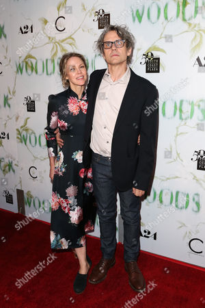 Stock Picture of Britta Phillips and Dean Wareham