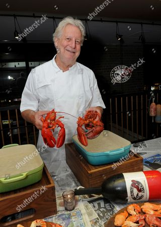 Stock Image of Chef Jonathan Waxman hosts the Maine After Midnight chef industry night at his restaurant Jams, in New York. The event allows chefs to learn about the sustainability, heritage and culinary applications of Maine Lobster. For more information on Maine Lobster, visit www.lobsterfrommaine.com