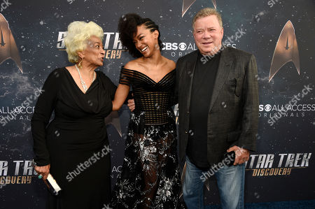 """Nichelle Nichols, Sonequa Martin-Green, William Shatner. Sonequa Martin-Green, center, a cast member in """"Star Trek: Discovery,"""" poses with original """"Star Trek"""" cast members Nichelle Nichols, left, and William Shatner at the premiere of the new television series, in Los Angeles"""