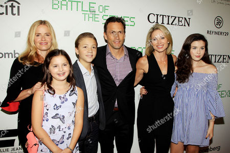 Andrew Shue with Family