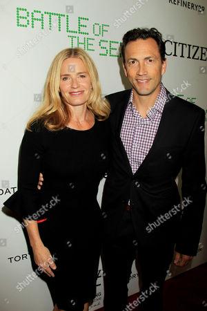Elisabeth Shue and Andrew Shue