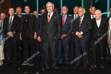 Stock Photo of James Patterson, Steve Case, Martine Rothblatt, Hamdi Ulukaya, Warren Buffett, Craig Venter, Ray Dalio, Sandy Weill, Jack Welch. James Patterson, from left, Steve Case, Martine Rothblatt, Hamdi Ulukaya, Warren Buffett, Craig Venter, Ray Dalio, Sandy Weill and Jack Welch and others