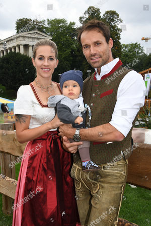 Sven Hannawald mit Ehefrau Melissa and Sohn Glen