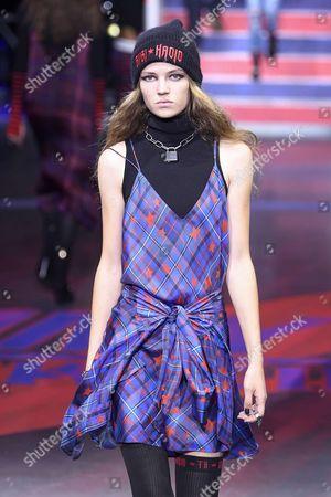 Editorial image of Tommy Hilfiger show, Runway, Spring Summer 2018, London Fashion Week, UK - 19 Sep 2017