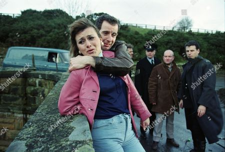 Tricia Penrose (as Gina Ward), Carl Cieka (as Brian Tranter), Mark Jordon (as PC Phil Bellamy), Philip Franks (as Sergeant Craddock), Richard Graham (as Pete Atkins) and Jason Durr (as PC Mike Bradley)