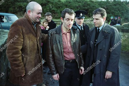Richard Graham (as Pete Atkins), Tricia Penrose (as Gina Ward), Mark Jordon (as PC Phil Bellamy), Carl Cieka (as Brian Tranter), Philip Franks (as Sergeant Craddock), and Jason Durr (as PC Mike Bradley)