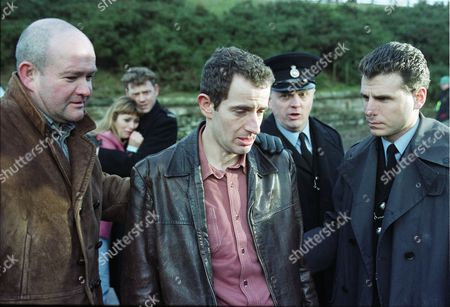 Stock Image of Richard Graham (as Pete Atkins), Tricia Penrose (as Gina Ward), Mark Jordon (as PC Phil Bellamy), Carl Cieka (as Brian Tranter), Philip Franks (as Sergeant Craddock), and Jason Durr (as PC Mike Bradley)
