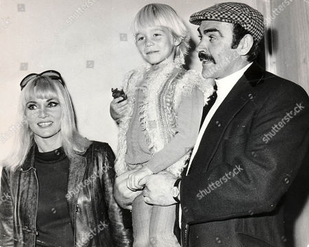 Sean Connery With His Wife Diane Cilento And Their Son Jason Aged 5. Picture Shows Them Leaving For Sydney To Spend Christmas With Diane's Parents.