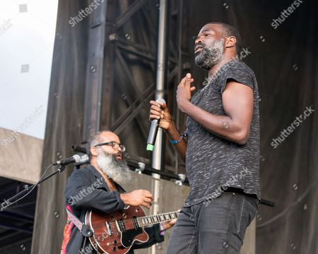 TV On The Radio - David Andrew Sitek and Tunde Adebimpe