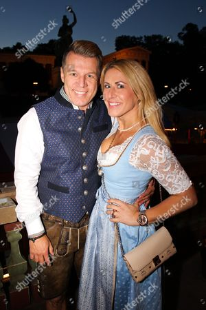 Axel Kahn mit partner Sarah Keckel,..