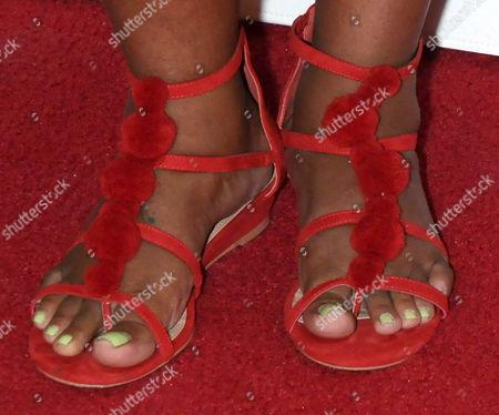 Dulce Sloan, shoe detail