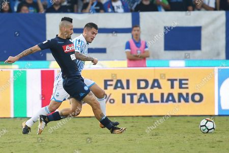 Spal's midfielder Federico Viviani  (R) and Napoli's midfielder Marek Hamsik (L) in action during the Italian Serie A soccer match between Spal 2013 and SSC Napoli at Paolo Mazza Stadium in Ferrara, Italy, 23 September 2017.
