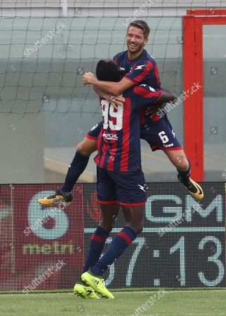 Crotone's Marcus Rohden (R) jubilates with his teammate Simy after scoring the goal during the Italian Serie A soccer match FC Crotone vs Benevento Calcio at Ezio Scida stadium in Crotone, Italy, 24 September 2017.