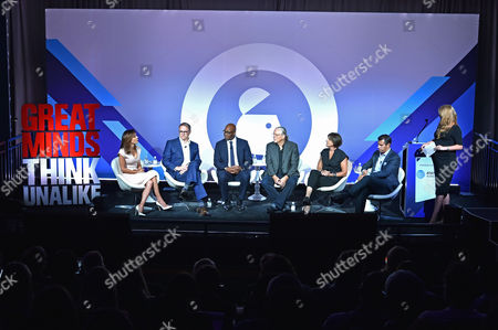 Stock Photo of Bethenny Frankel (CEO and Founder, Skinnygirl), Rick Welday (President, ATandT AdWorks), Frank Cooper III (CMO, BlackRock), Jeff Goodby (Silverstein and Partners, Co-Chairman and Partner, Goodby), Megan Clarken (President, Watch, Nielsen), Nick Troiano (CEO, Cross MediaWorks), Maria Mandel Dunsche (VP, Head of Marketing, ATandT AdWorks)