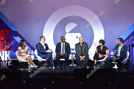 Stock Picture of Bethenny Frankel (CEO and Founder, Skinnygirl), Rick Welday (President, ATandT AdWorks), Frank Cooper III (CMO, BlackRock), Jeff Goodby (Silverstein and Partners, Co-Chairman and Partner, Goodby), Megan Clarken (President, Watch, Nielsen), Nick Troiano (CEO, Cross MediaWorks)