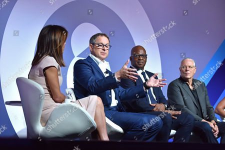 Bethenny Frankel (CEO and Founder, Skinnygirl), Rick Welday (President, ATandT AdWorks), Frank Cooper III (CMO, BlackRock), Jeff Goodby (Silverstein and Partners, Co-Chairman and Partner, Goodby)