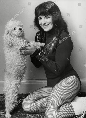 Valerie Braithwaite Dance Teacher And Cabaret Artiste. Box 726 519011751 A.jpg.