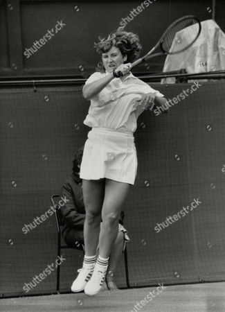 Tennis Player Amanda Brown In Action At Wimbledon Tennis Championships. Box 731 320021736 A.jpg.