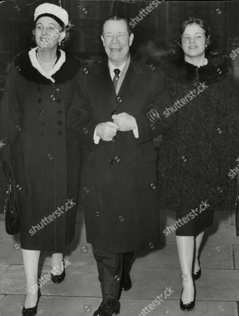 Stock Image of Joe E. Brown American Comedy Actor With Actress Binnie Barnes The Wife Of His Adopted Son Mike Frankovich And His 17-year-old Granddaughter Michele Frankovich. Box 732 321021731 A.jpg.