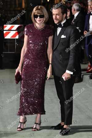 Milan Woman's Fashion Week Spring Summer 2018. Milan Fashion Woman, Spring Summer 2018. Fashion Awards 2017 arrives Pictured: Anna Wintour and Francesco Carrozzini