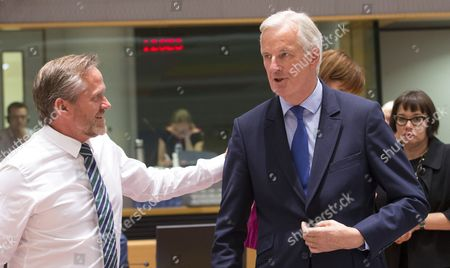 Michel Barnier (R), the European Chief Negotiator of the Task Force for the Preparation and Conduct of the Negotiations with the United Kingdom under Article 50 chats with Danish Foreign Minister Anders Samuelson during a EU general affairs council, in Brussels, Belgium, 25 September 2017. The 4th round of Brexit negotiations will start later in the day.