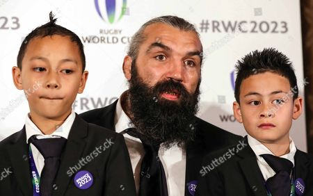 Stock Image of Sebastian Cabal with Dhyreille and Brayley, the children of the late Jonah Lomu